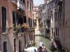 gondolas-venice-italy1